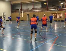 Foto bij Lekker weer een avondje volleybal met Rivo