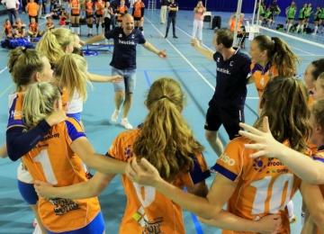 Foto bij Rivo Rijssen MB1 win NGJK voor 3e keer op rij