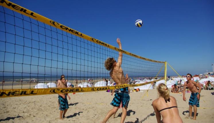 Foto bij WVC Beach volleybal toernooi 2016